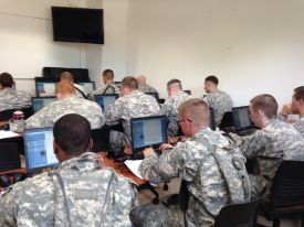 US soldiers working with the NLR-tool QUEST