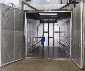 NLR stelt nieuwe oven voor composietfabricage open voor bedrijfsleven