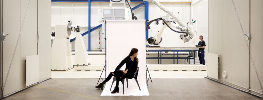 Composieten stoel van het NLR naar toonaangevende designbeurs