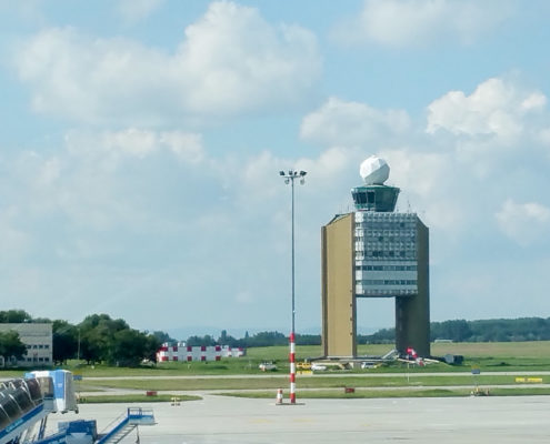 NLR onderzoekt impact Remote Tower-technologie op Hongaarse luchtverkeerleiders