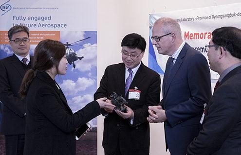 Zuid-Koreaanse delegatie bij NLR Amsterdam