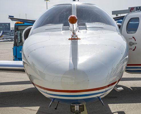 NLR Cessna Citation-onderzoeksvliegtuig uitgerust met een zogeheten 'nose boom'