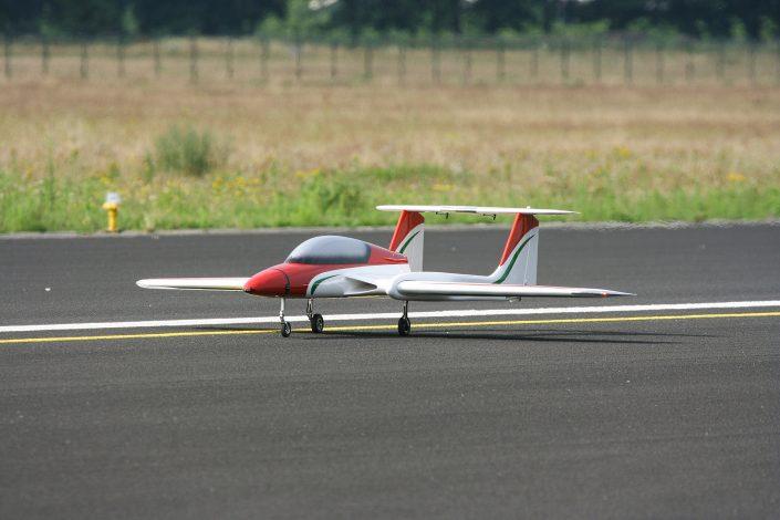 NLR test met grote drone op Twente Airport